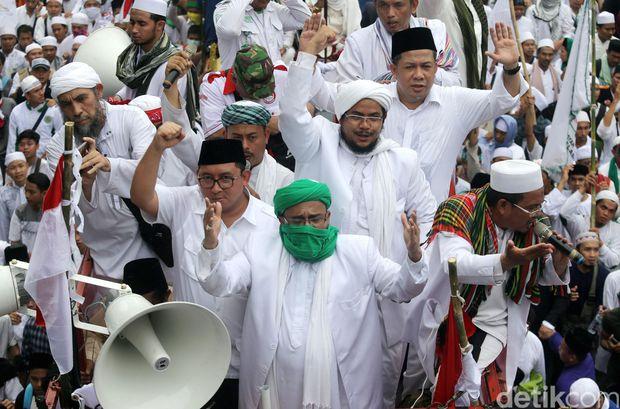 Orasi Fahri Hamzah pada Aksi Bela Islam, 4 November 2016 di Depan Istana Negara