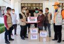 Anggota DPR RI Arwan Aras Bersama DPC PDIP Majene Kembali Serahkan Obat dan Sembako Untuk Korban Gempa Sulbar