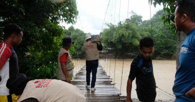 Kepala Baguna PDI Perjuangan Sulbar Arwan Aras Instruksikan Relawan Bantu Korban Banjir Mamuju
