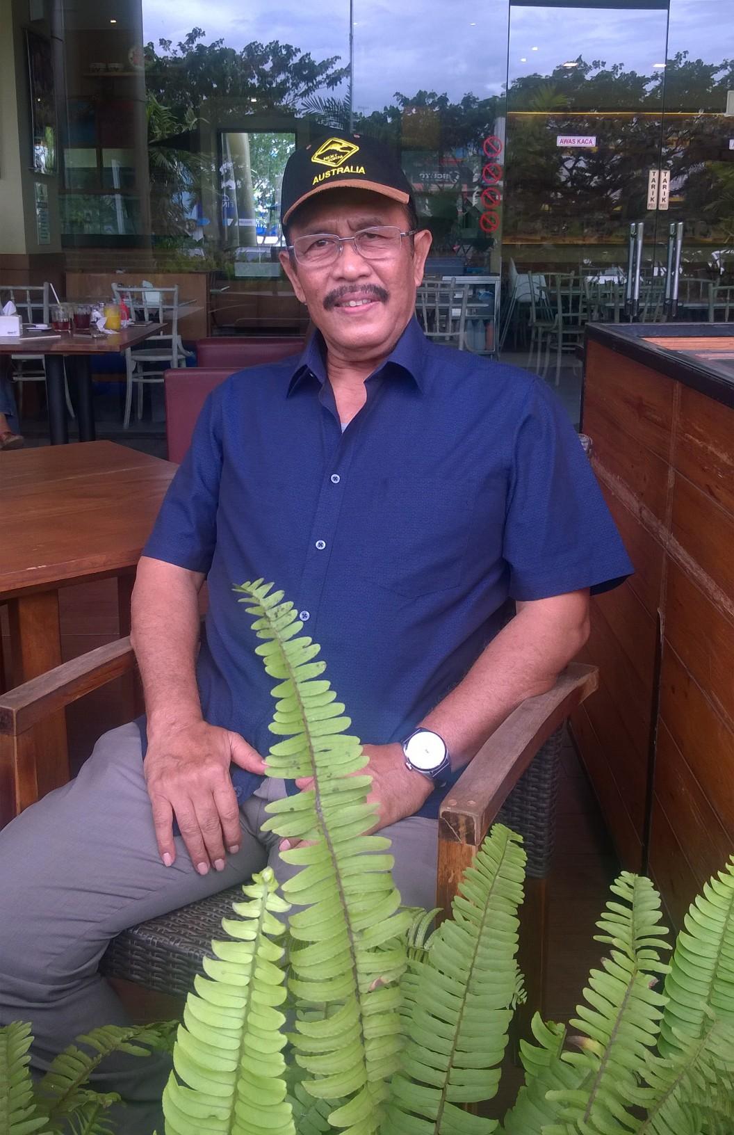POLITIK TNI ADALAH POLITIK NEGARA YANG BERDIRI DIATAS SEMUA GOLONGAN