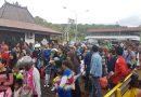 Ratusan Penumpang Terlantar di Pelabuhan Padang Bai