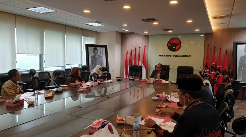 Arwan Aras Dorong Fungsi Pengawasan Poksi VIII PDI Perjuangan Ditingkatkan Untuk Kesejahteraan Rakyat Dan Pemulihan Ekonomi Nasional